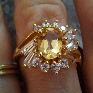 Jewelry - 925 SS TOPAZ RING 925 NWOT